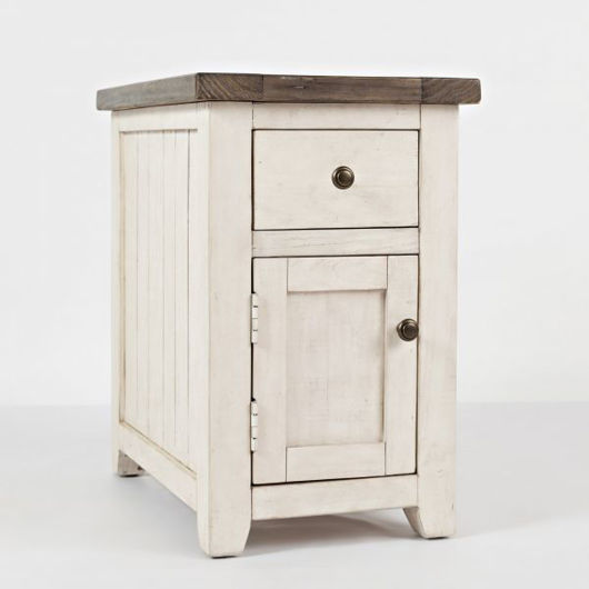 Picture of Madison County Chairside Table